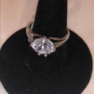 Cuz cocktail ring size 10